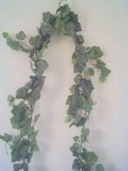 2 Greenery garlands with plenty of leaves